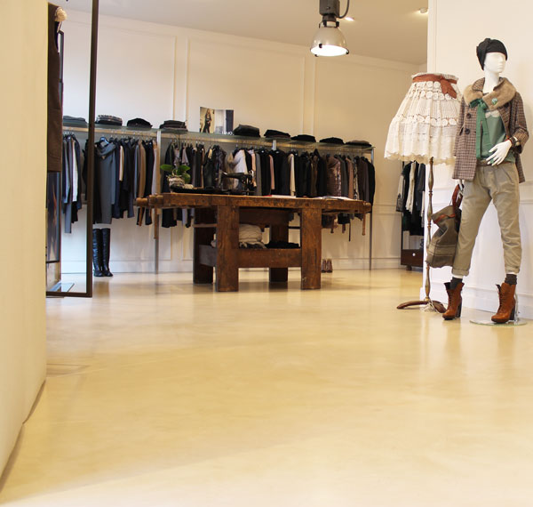 pavimenti in resina negozio